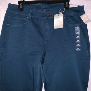 🔥 NWT teal mid-rise jeggings
